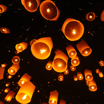 Sky Lanterns, metaphor for Ancestors and Family Constellations